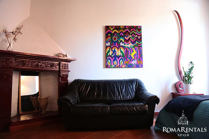 Roma rentals spqr apartment rental trastevere via dei fienaroli great location in trastevere sciox Gallery