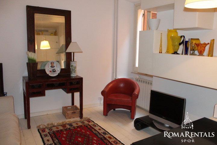 Trastevere roma libera 515 roma rentals spqr unique distressed flooring sciox Gallery